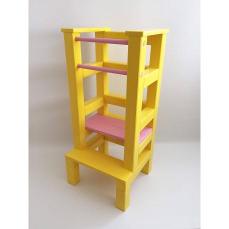 Učící věž - růžovožlutá barva