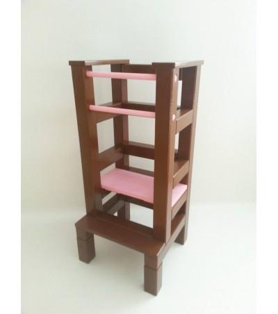 Učící věž – ružovohnědá barva