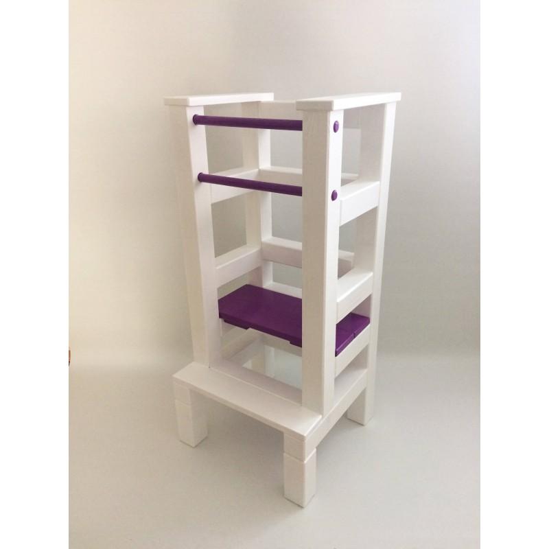 Učící věž - fialovobílá barva