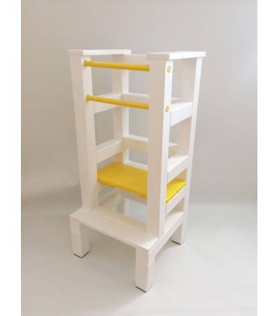 Učící věž - žlutobílá barva