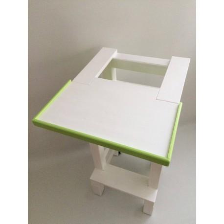 Jídelní stolek na učící věž - zelená barva